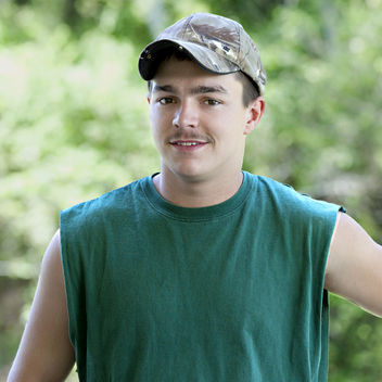 is shae and joey from buckwild still dating Drama with salwa amin, tyler boulet, shae bradley, anna davis joey gets pushed into taking shae out on a real date leaving him with his pants down.