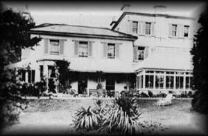 Ashfield, a casa de infância da autora.
